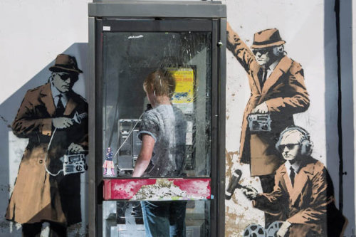 banksy_telephone_box